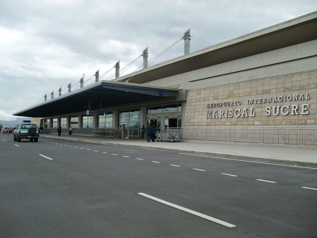 فرودگاه بین المللی ماریسکال سوکره