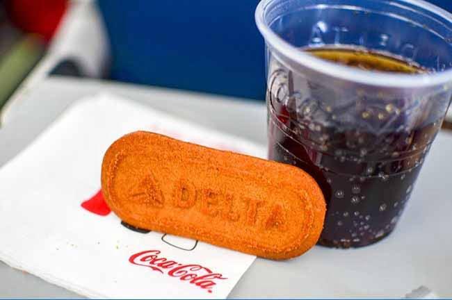 غذاهایی که در هواپیما سرو می شوند