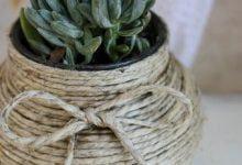 Photo of ساخت گلدان تزیینی با نخ کنف و بطری شیشه ایی