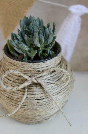 ساخت گلدان تزیینی با نخ کنف و بطری شیشه ایی