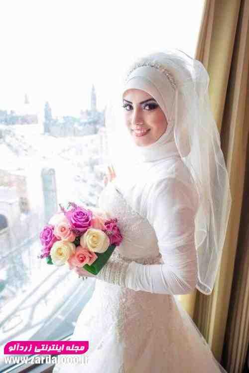 لباس عروس پوشید و با حجاب