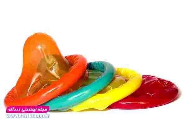 کاندوم به عنوان یک منابع فیزیکی در برابر ورود اسپرم( منی) به دستگاه تناسلی زن،  از تماس مستقیم ترشحات بدنی زن و مرد جلوگیری به عمل میآورد