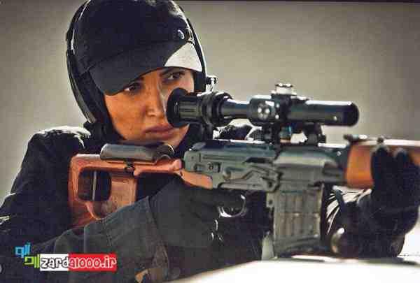 روناک یونسی در سریال سقوط آزاد