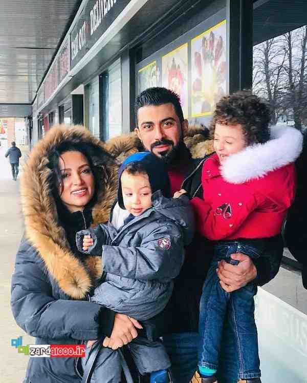 روناک یونسی همسر و پسرهایش