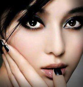 لوازم آرایشی برای افراد چشم و ابرو مشکی (با پوست سفید) و سبزه ها
